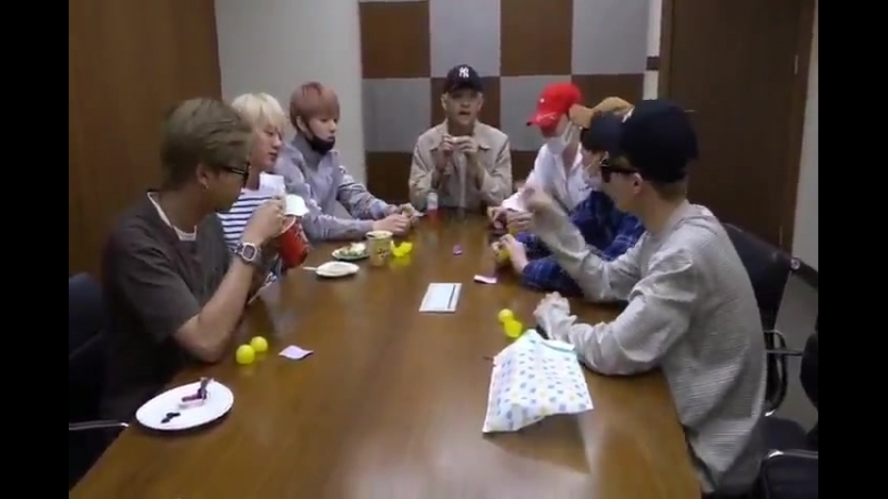 Jin gets the suite room - yg let's all go to jin hyung's room to eat - th we have always b.mp4