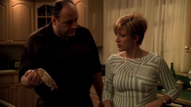 (Клан Сопрано S04E10_04) Джастин, Кармела не в себе, Тони ноет Хьюго про лошадь