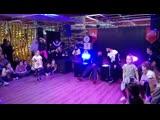 Boogel-woogel battles dancehall