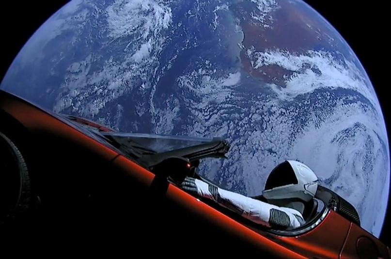Между прочим, уше прошел целый год, с того момента, как Маск запустил в космос свою теслу... Вот время летит...