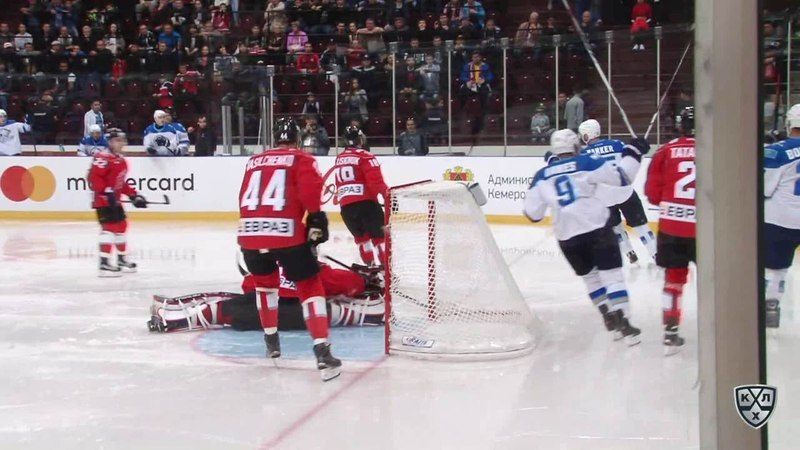 Моменты из матчей КХЛ сезона 1415 • Гол. 21. Баркер Кэм (Барыс) на дальней штанге замкнул передачу 23.08