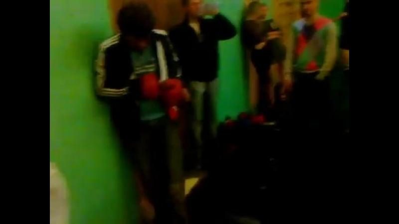 спортсмен избивает гопников скачать бесплатно 7 тыс. видео найдено в Яндекс.Видео-ВКонтакте Video Ext.mp4