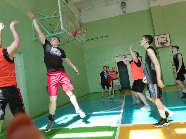 2 мая в СОШ №5 прошел финал Кубка Балезинского района по бас