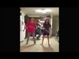 Тот момент, когда батя танцует круче (6 sec)