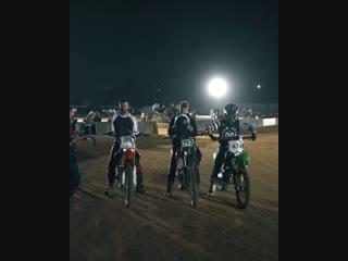 The Chainsmokers на съёмках нового клипа.