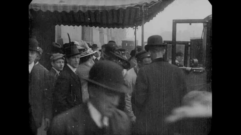 May 1, 1915 - Passengers arriving for the RMS Lusitania, NYC (speed corrected w added sound)