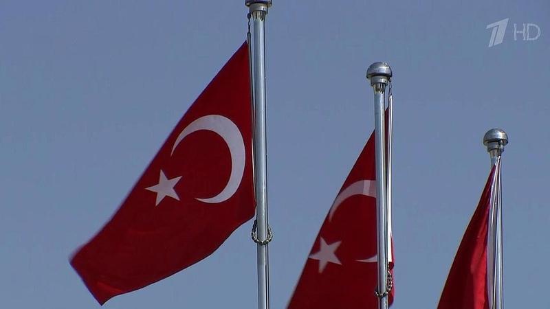 США, которые много лет были союзниками Турции, своими действиями вынуждают Анкару искать новых друзей