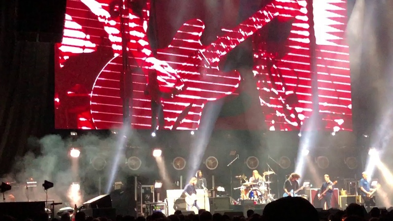 Foo Fighters at Chris Cornell Tribute Concert (a full set) - The Forum, Los Angeles, 01.16.19