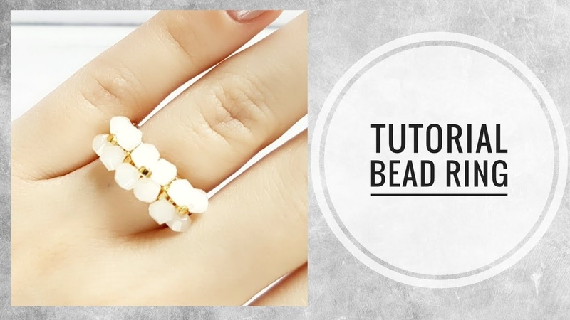 МК Нежное колечко из бисера и биконусов Tutorial A delicate ring of seed beads and bicone
