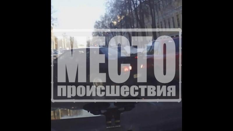 ДТП на Красноармейской дама въехала