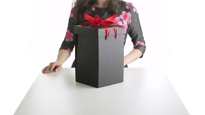 Подарочная коробка для роз в колбе