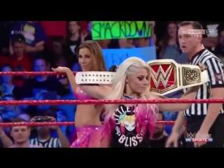720pHD WWE RAW 05_22_17 Alexa Bliss vs Mickie James ( Alexa Bliss use Kendo Stic