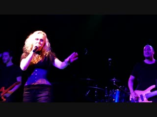 Liv_Kristine_-_Let_you_Down__Theatre_of_Tragedy_Song__live__