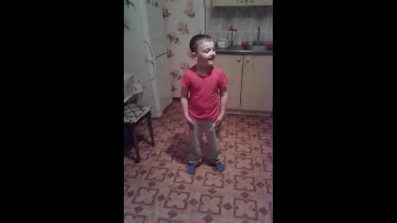 Маленький Дима)