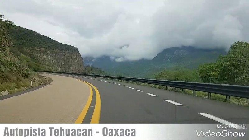 Mexico- Autopista Tehuacan - Oaxaca.