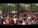 Revue des troupes par le président Emmanuel Macron