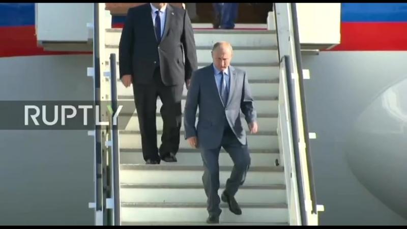 Путин прилетел в Берлин