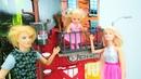 Barbie e Ken perderam a Evi. Vídeos de brinquedos para as meninas.