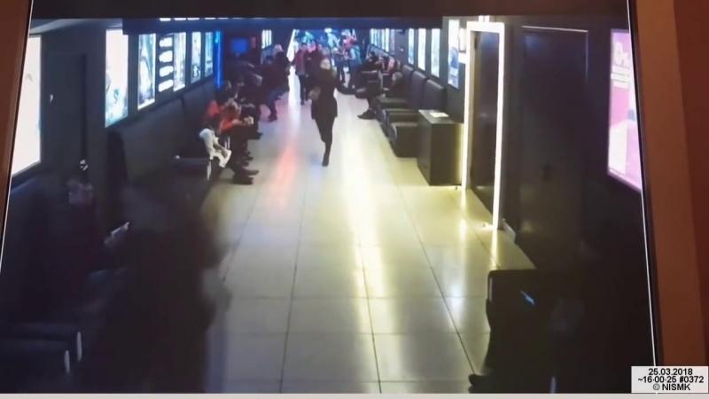 """Обновление. """"Зимняя Вишня"""" Красный Зал - Шансы выжить 3 секунды на эвакуацию - YouTube720p"""