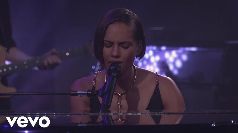 Alicia Keys If I Ain't Got You Live from iTunes Festival London 2012