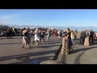 Ковбойский танец. Бальные танцы на Стрелке В.О. (10.06.2018 г.) вид. 672