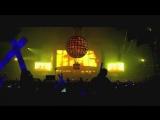 Dimitri Vegas &amp Like Mike - Bringing The World The Madness