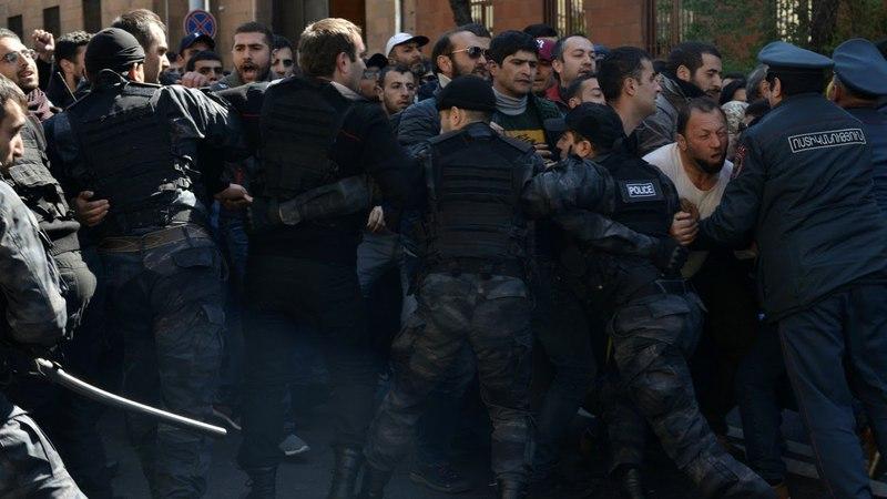 Арменія на парозе рэвалюцыі | Армения на пороге революции Белсат