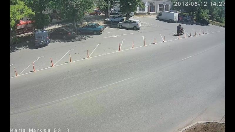 Похищение парковочного столбика.Гвардейское