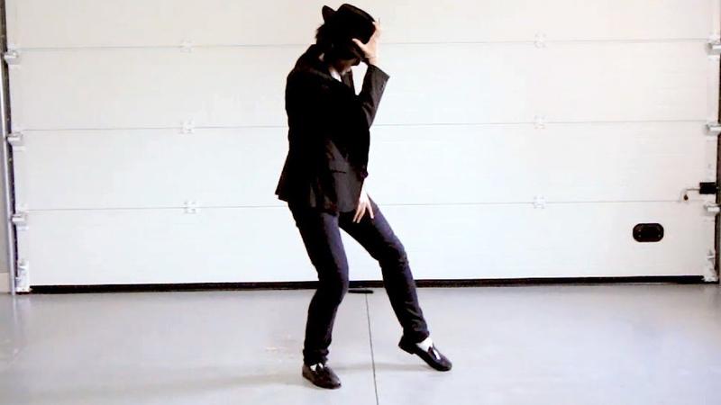 Dancing to Billie Jean in a Garage - Michael Jackson Impersonator - Alex Blanco