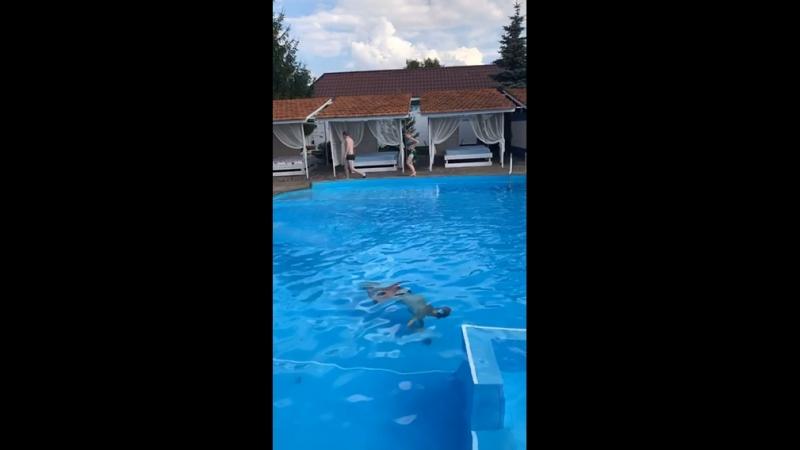 Майстер клас по прижкам у воду