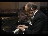 Vladimir Horowitz plays Mozart Piano Sonata K.330 in C Major 1st Movement