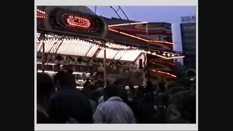 DDR Ostberlin Alexanderplatz 1988 Weihnachtsmarkt Scheunenviertel GDR East Berli