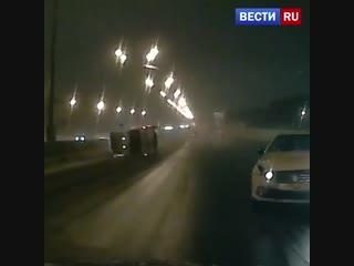 Появилось видео резонансной аварии со скорой помощью на МКАД