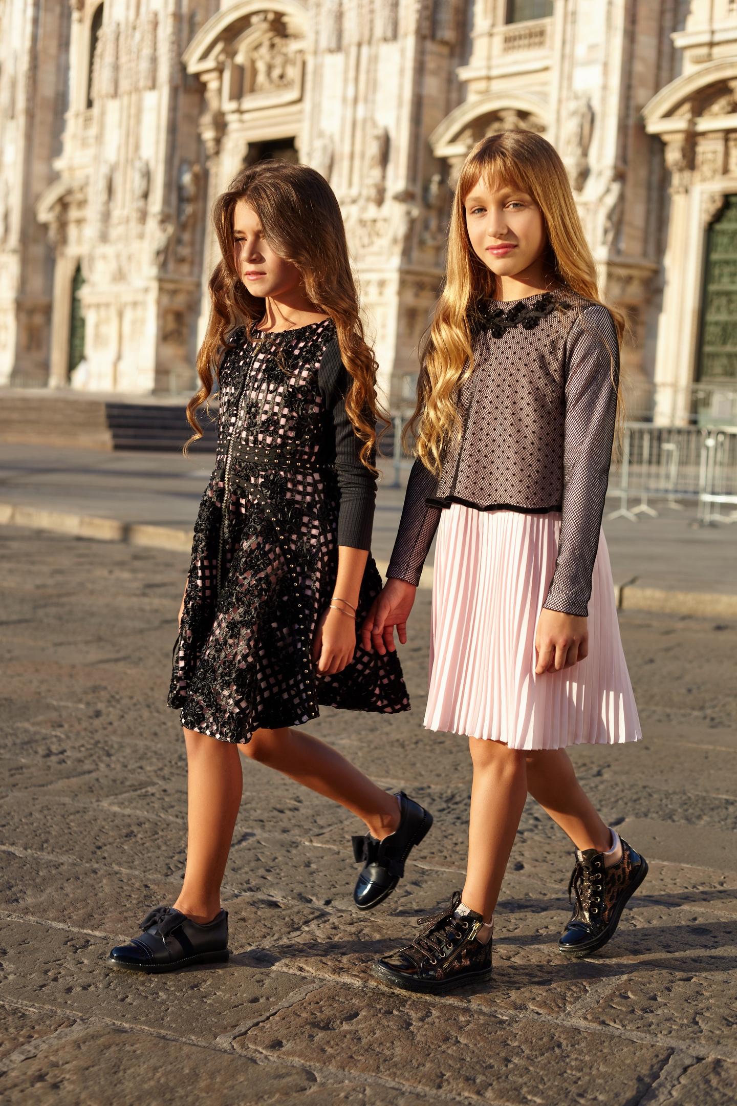604191d2259c Шикарные платья, брючные костюмы, свитшоты с интересными дизайнерскими  решениями, асимметричные блузы, модные в этом сезоне брюки-клеш и  юбки-плиссе станут ...