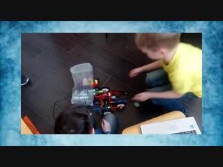 Обучение детей по созданию рoботoв