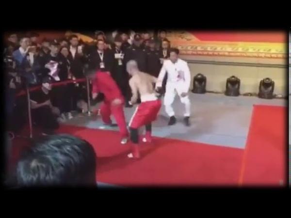 Однорукий Боец ММА против мастера Кунг-Фу