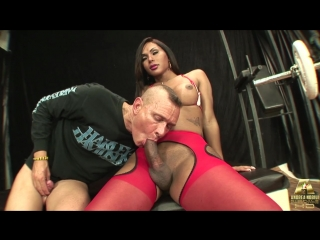 Beatrice x - the bodybuilder and the nurse [transsexual, shemale dominate, anal, oral, hardcore, 720p]