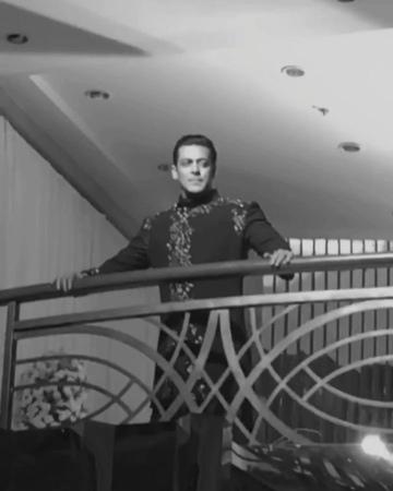 Салман Кхан на показе Маниша Мальхотра