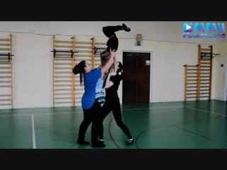 Занятие по акробатике в ТС
