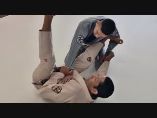 Gustavo Carpio - Scissor Sweep Re-counter