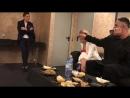 Коротаем время перед выходом на сцену в Мадриде!))  __  Spending time before going on stage in Madrid!))  Seva