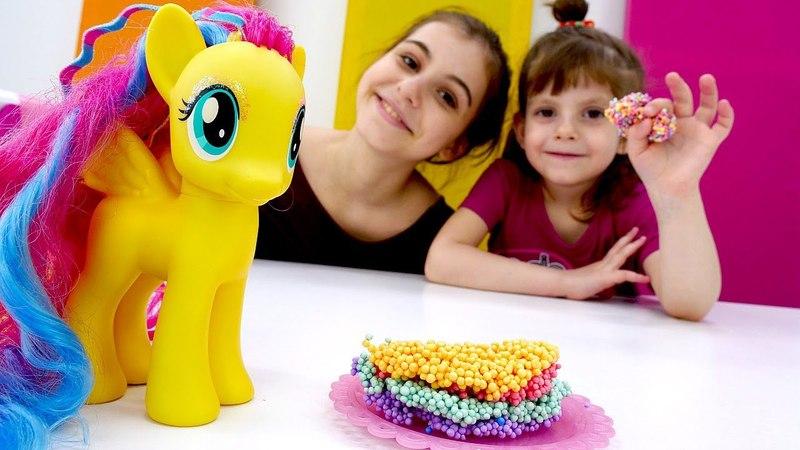 Флаттершай в магазине – Лепим из пластилина торт! – Игры с пони.