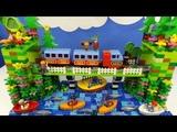 Строим из Lego Duplo, Build and Play toys Lego, Лего Дупло - By train to the sea! (Поезд к морю!)
