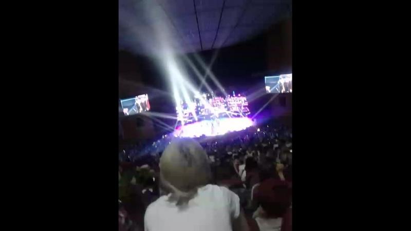 Кпоп концерт