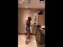 Тем временем в женском туалете