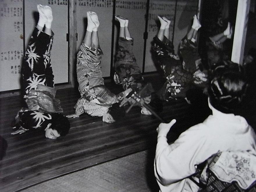 Школа гейш, Токио, 1951 год.