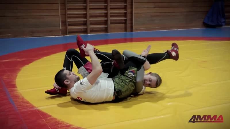 Школа боевого самбо с Игорем Исайкиным -...е на ноги (720p).mp4