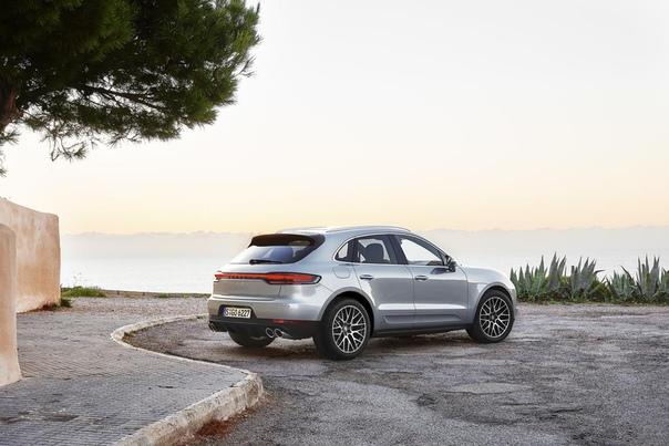 До России добрался обновленный Porsche Macan S.
