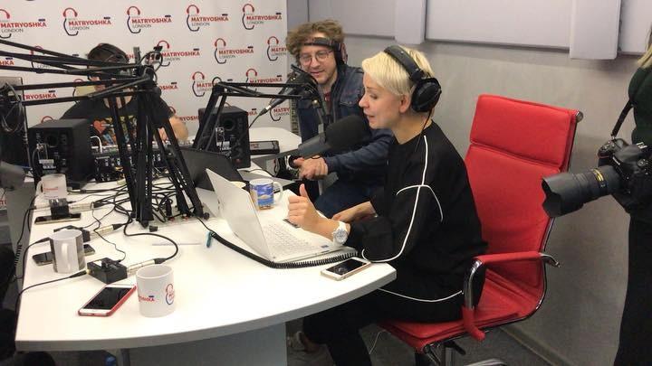 Радио Матрёшка London DAB on Instagram Как же это круто Друзья что вы теперь пишите и звоните в прямой эфир задавая вопросы своим любимым