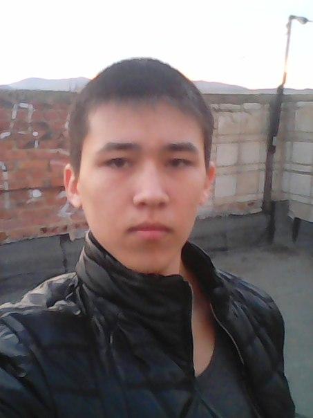 Artem, 18, Krasnokamensk